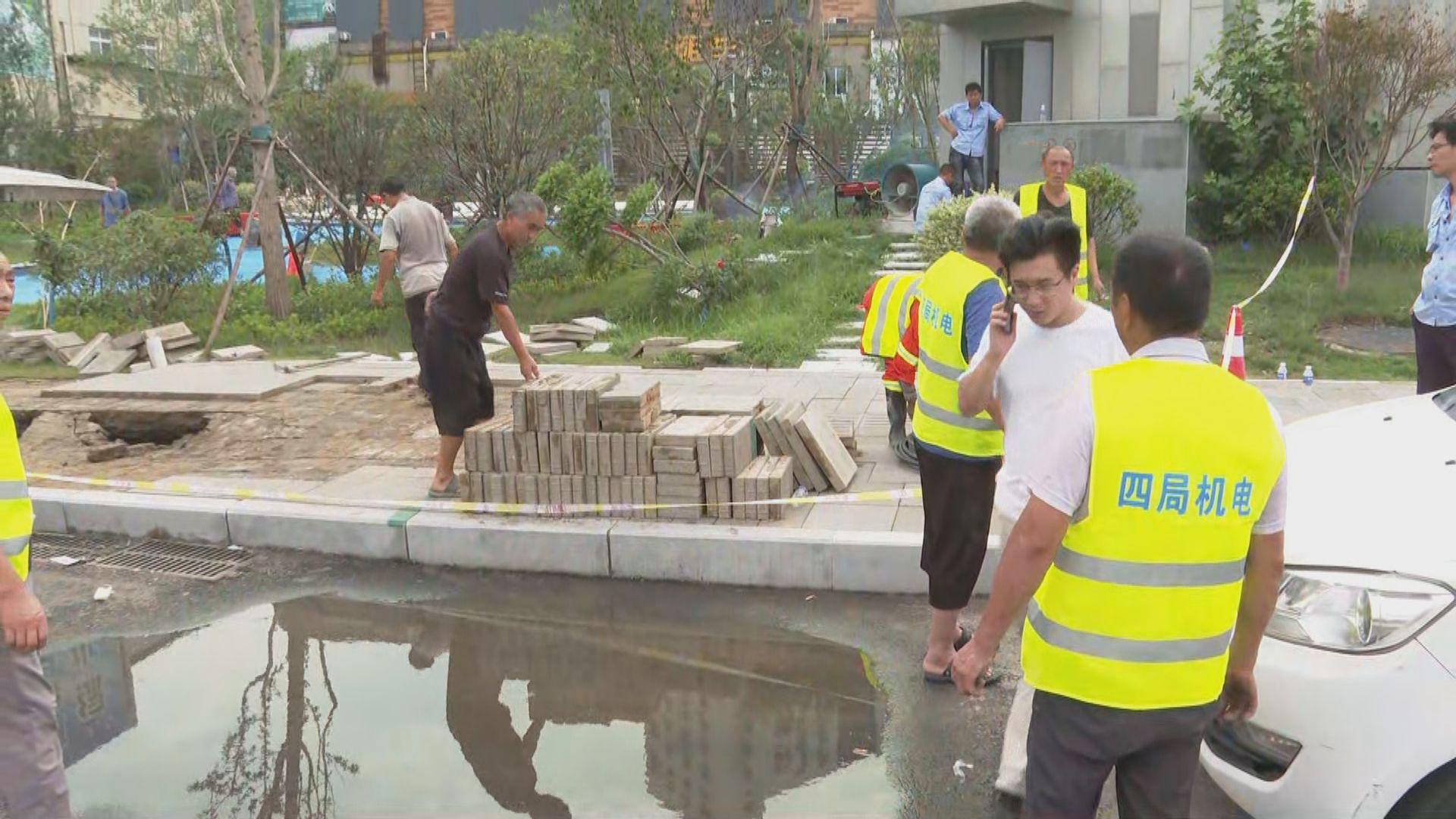 鄭州市面陸續恢復正常 京廣路隧道據報仍有人失蹤