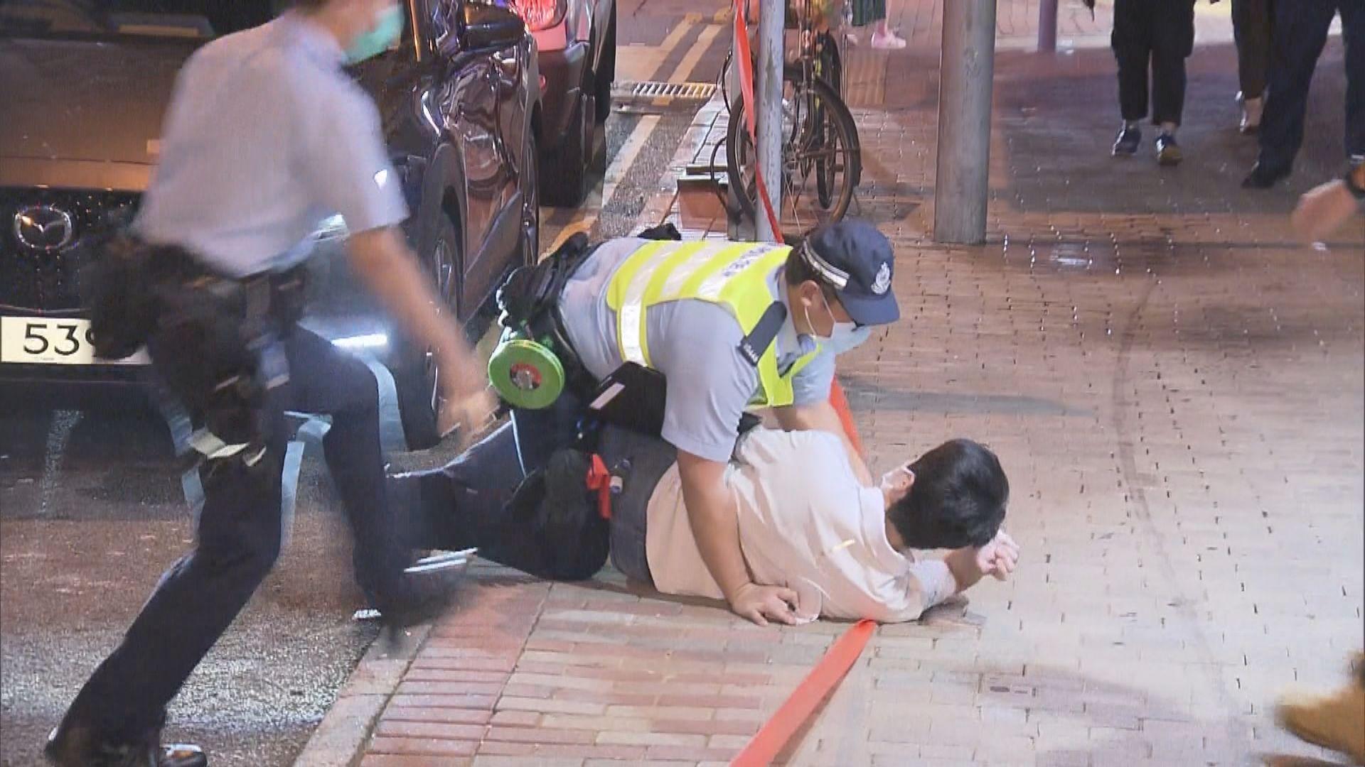許智峯:不排除追究蓄意撞人司機及將他推倒的警員