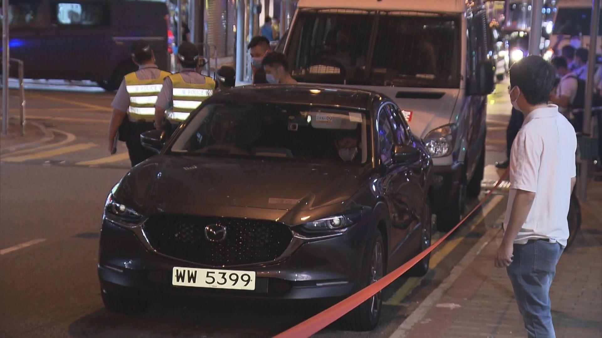 根據運輸署紀錄 跟蹤許智峯私家車登記車主為租車公司