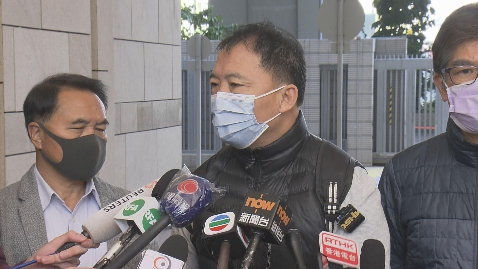 胡志偉:曾聯絡許智峯 相信他會如期回港