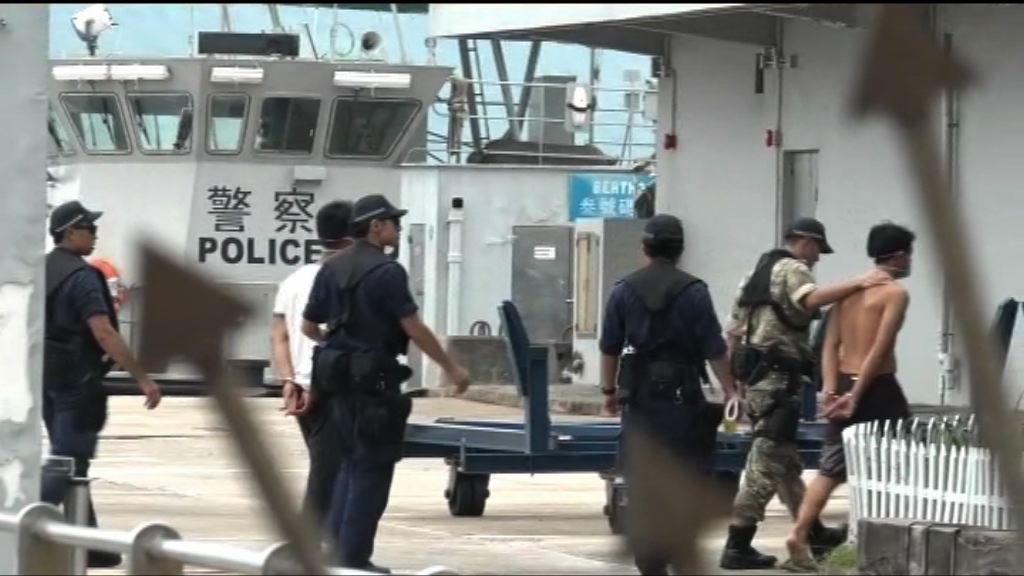 水警西貢拘七人涉非法入境等