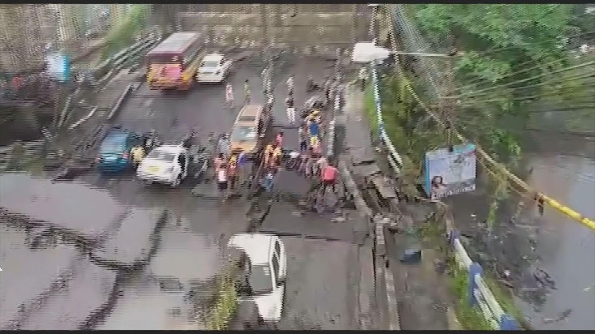 印度行車天橋倒塌釀最少1死