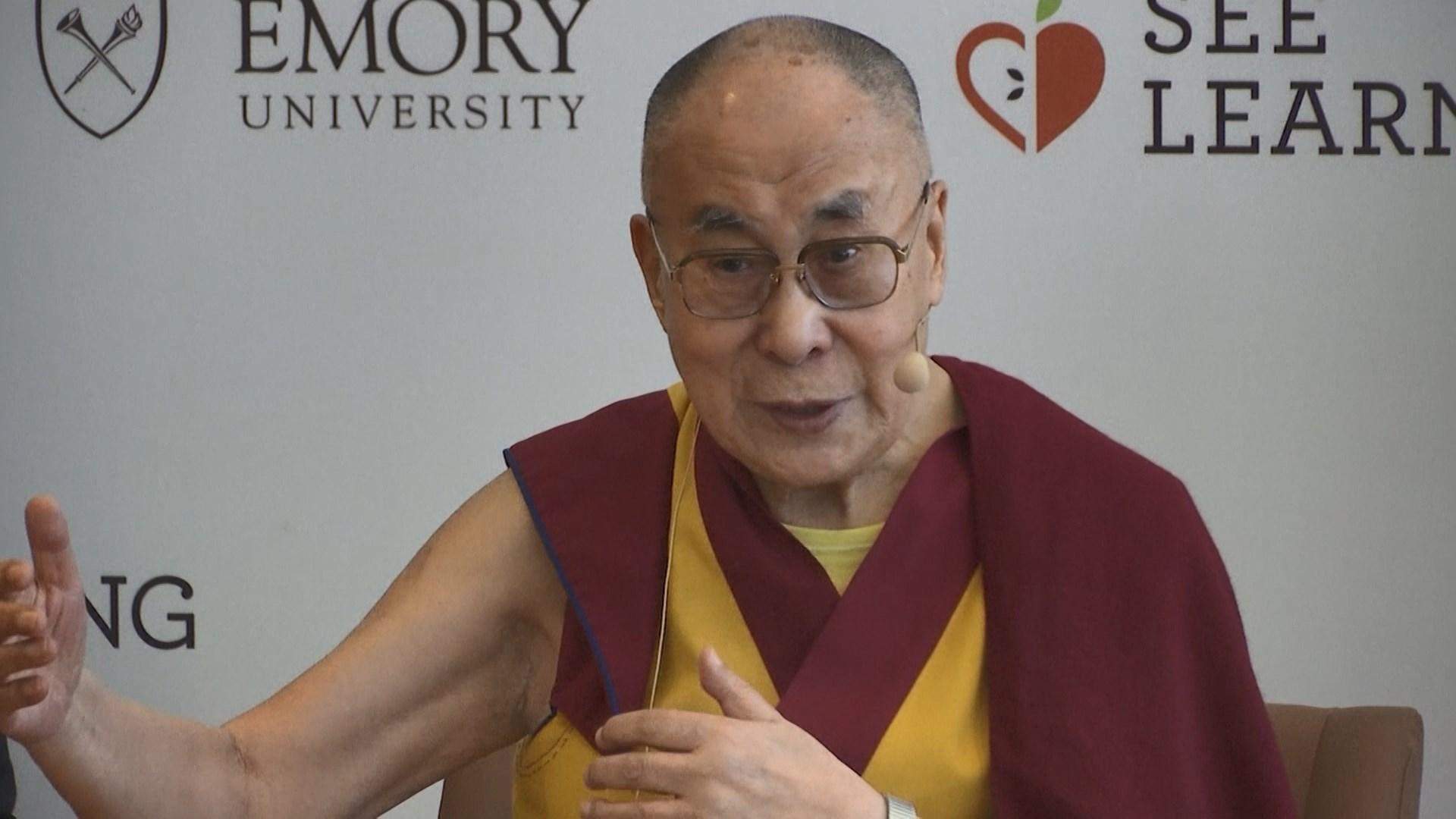 達賴喇嘛胸部感染入院治療