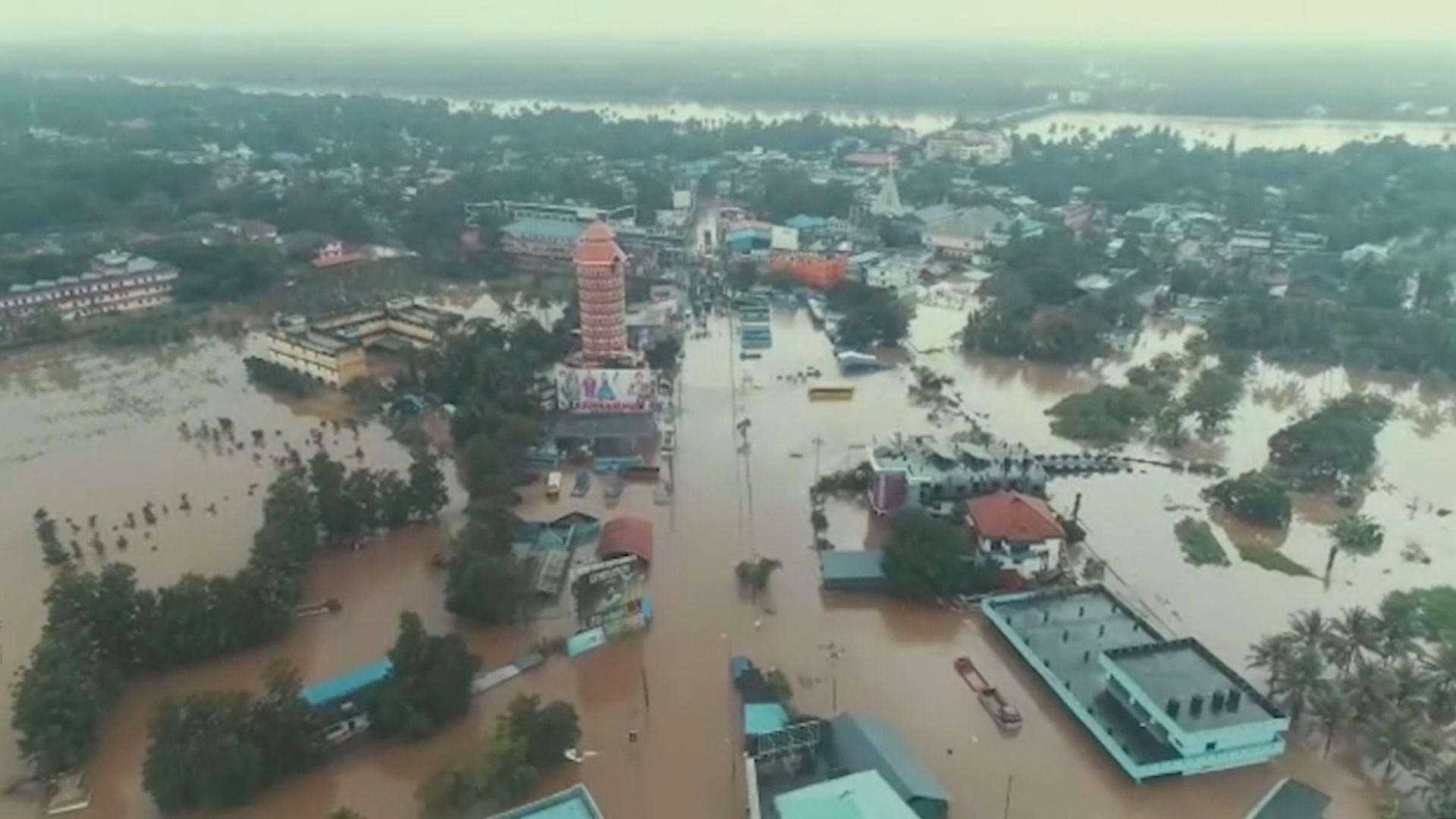 印度南部嚴重洪災逾320人死