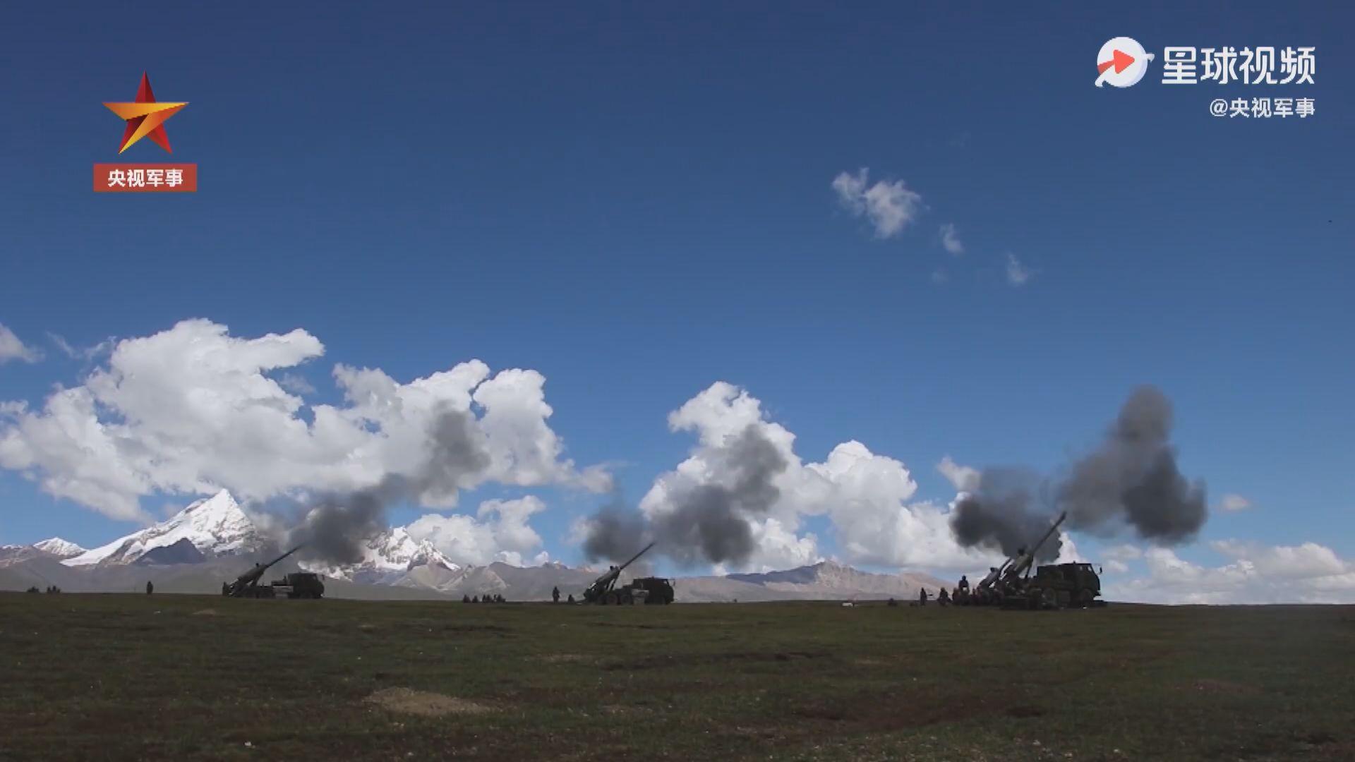 中印邊境局勢緊張 西藏軍區於高原展開實彈射擊演練