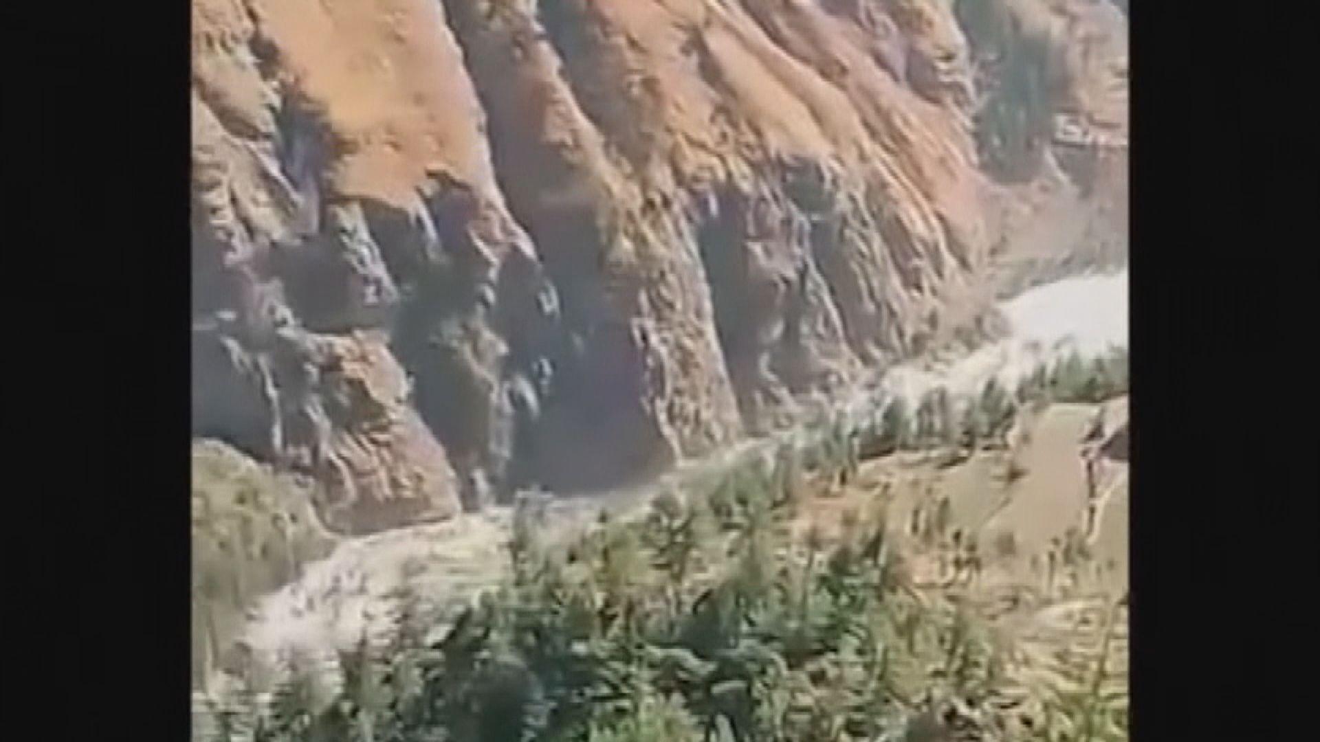 印度北部山洪暴發九死逾二百人失蹤 水電站多人被困