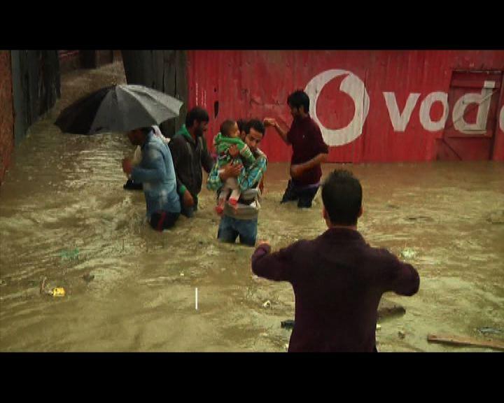 印度暴雨成災最少18人死