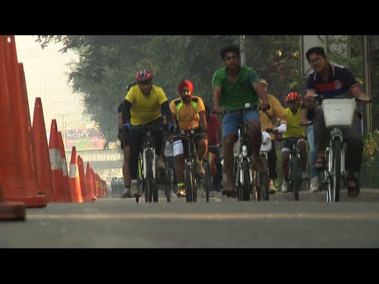 印度新德里無車日冀減空氣污染