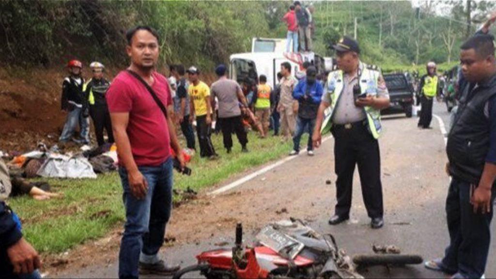印尼旅遊巴失事釀最少27人死