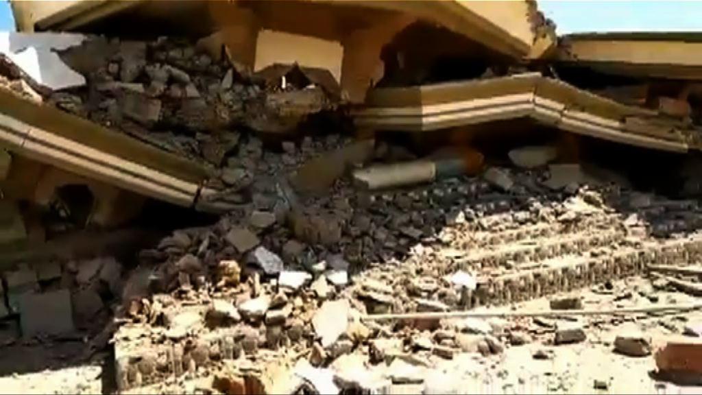 印尼龍目島七級地震 有清真寺倒塌
