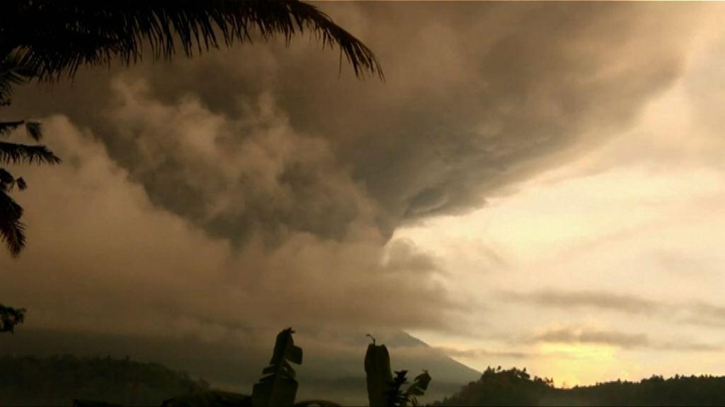 印尼峇里阿貢火山再次噴發