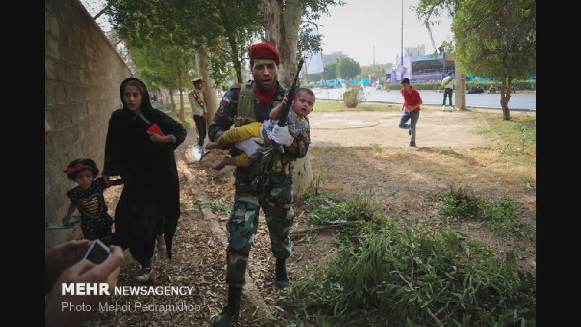 伊朗閱兵遭遇襲擊逾二十死