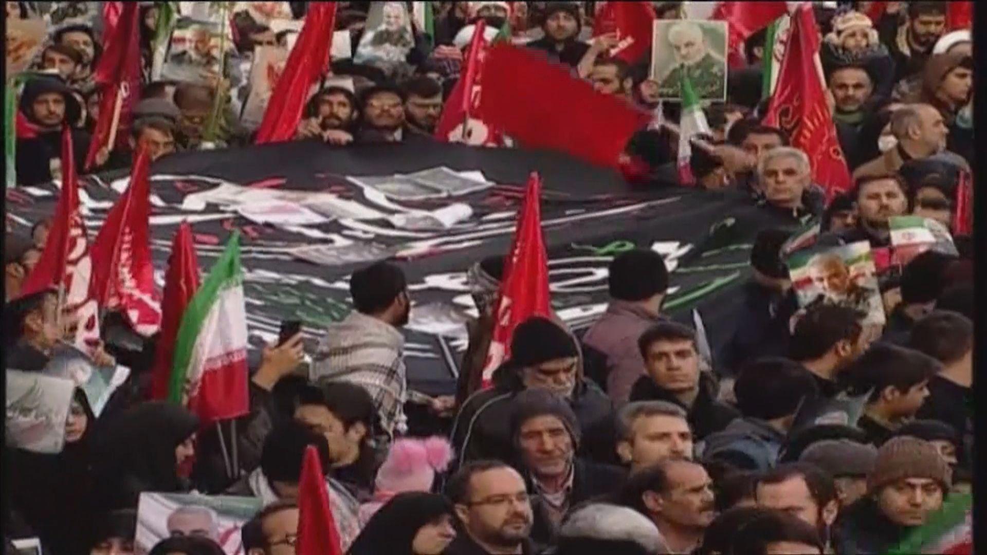 伊朗大批民眾上街悼念索萊馬尼