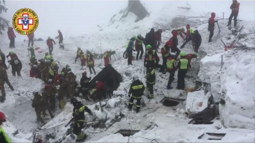 意大利雪崩增至七死