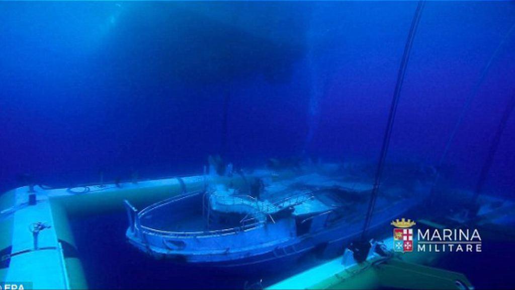 意大利撈起去年地中海沉沒偷渡船