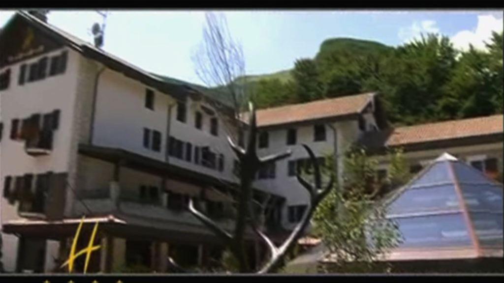 意大利被大雪掩埋酒店位於滑雪勝地