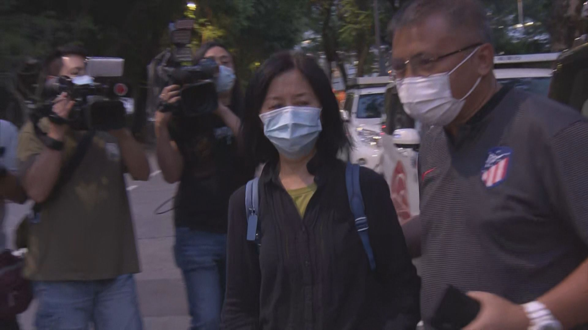七一襲警案拍攝過程記者被國安處帶往警署助查