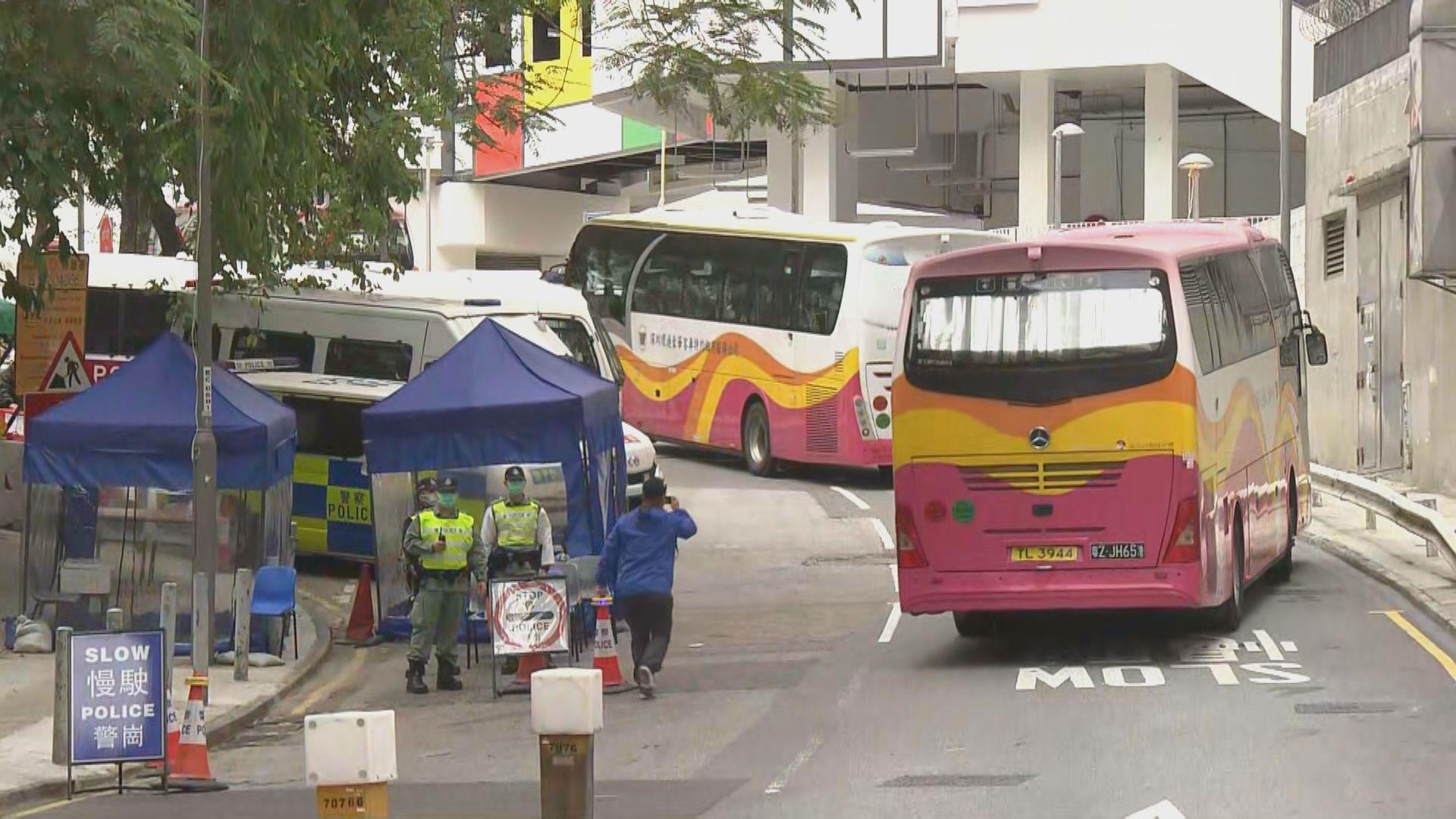 首班政府包機港人送往駿洋邨隔離檢疫14天