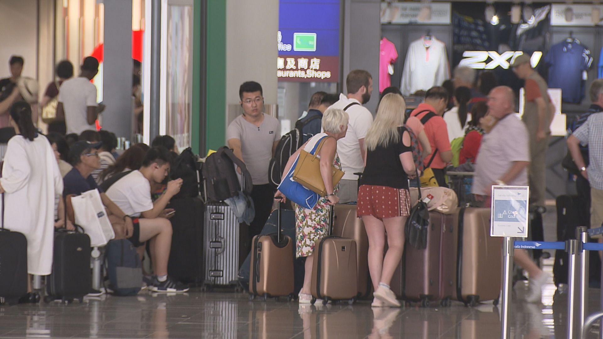 27班香港往返大阪航班取消
