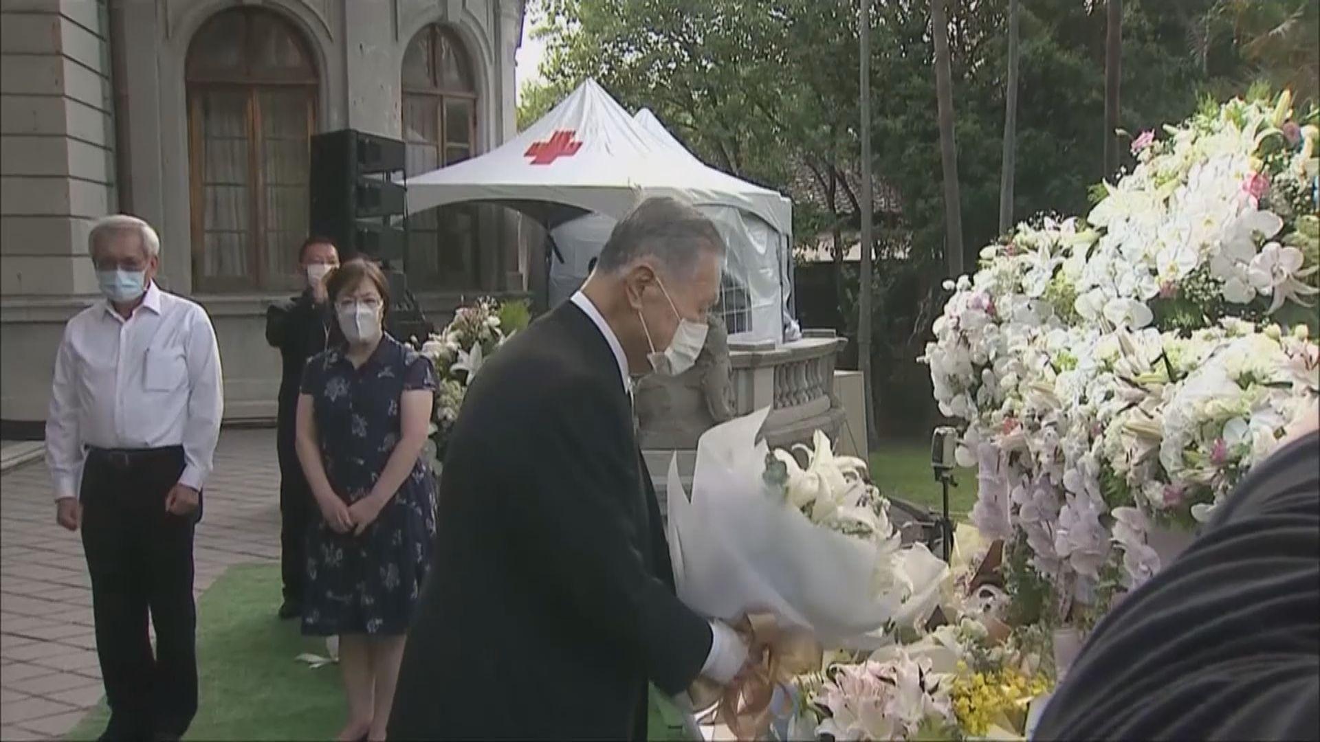 日前首相森喜朗到台北弔唁李登輝前總統