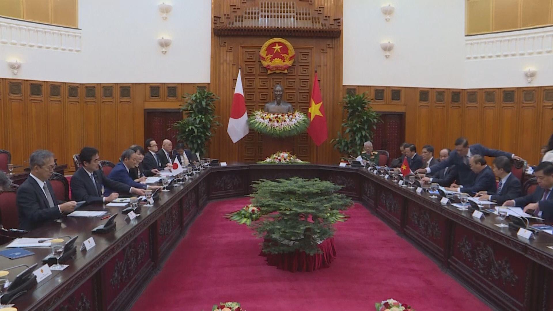 菅義偉晤越南總理 同意加強雙邊合作