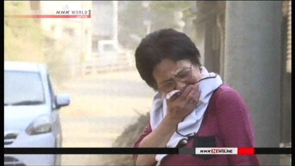 日本災區持續高溫 數千人中暑