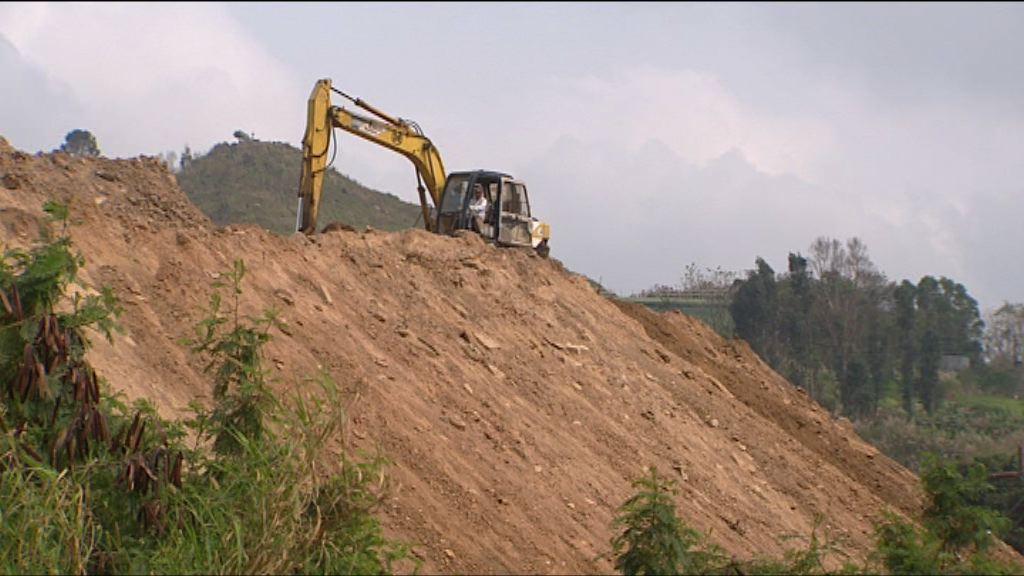 泥頭山業主周二展緊急噴漿工程