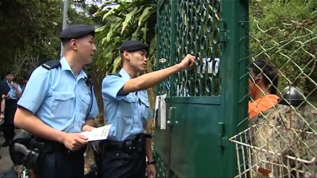 警方將軍澳西貢進行反爆竊行動