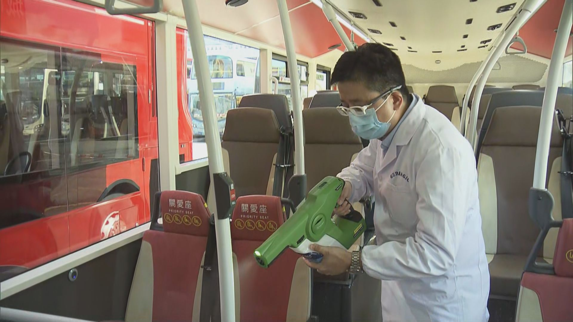 九巴加強防疫措施 全線車隊噴灑殺菌塗層及設消毒搓手液