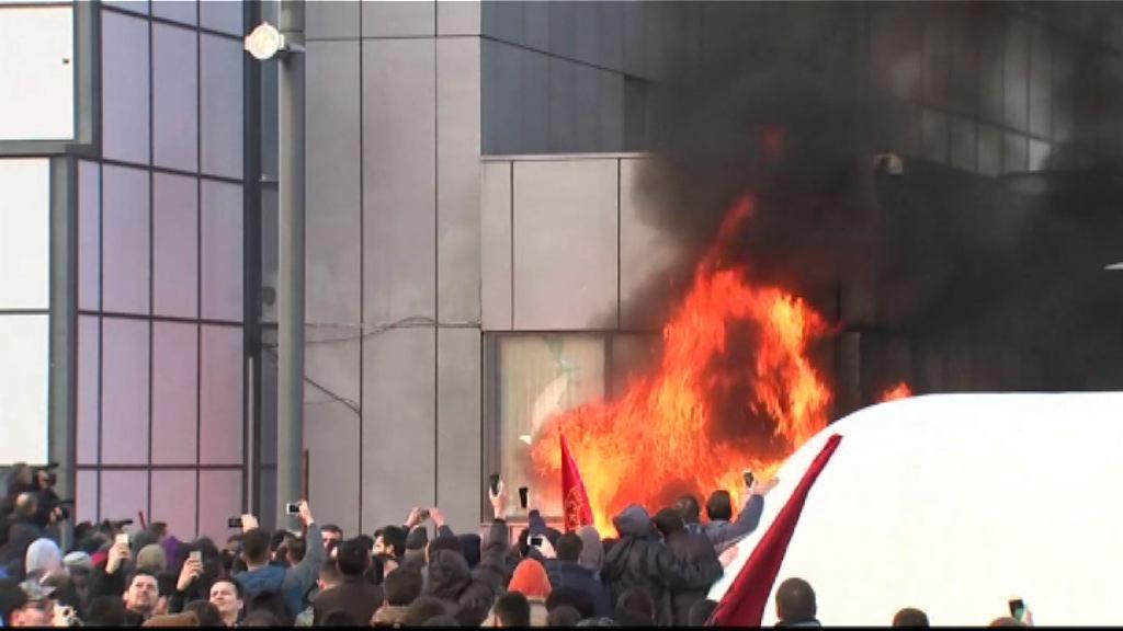 科索沃有示威抗議向塞族放權