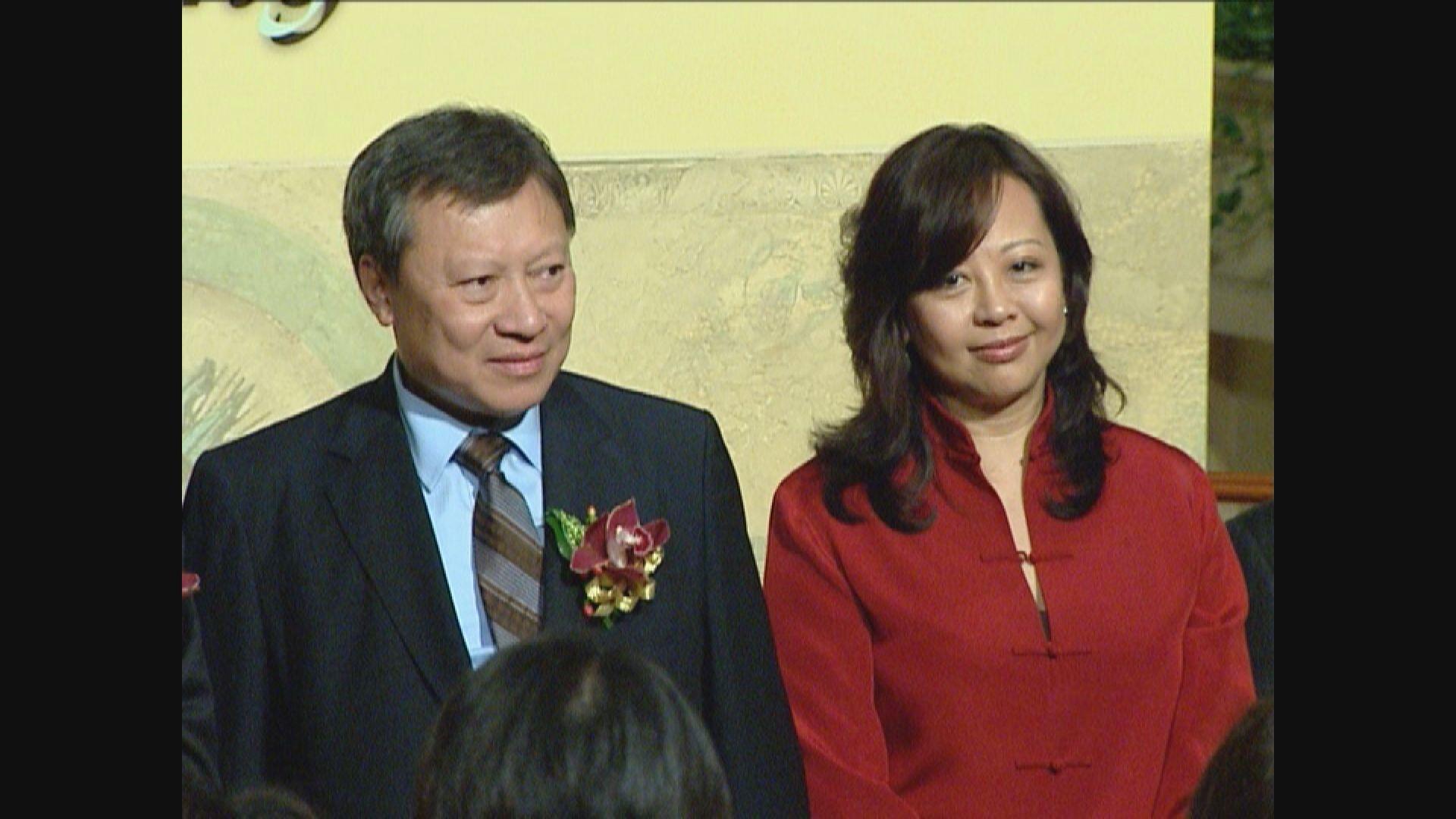 公告指郭炳湘在家人陪伴下安詳離世