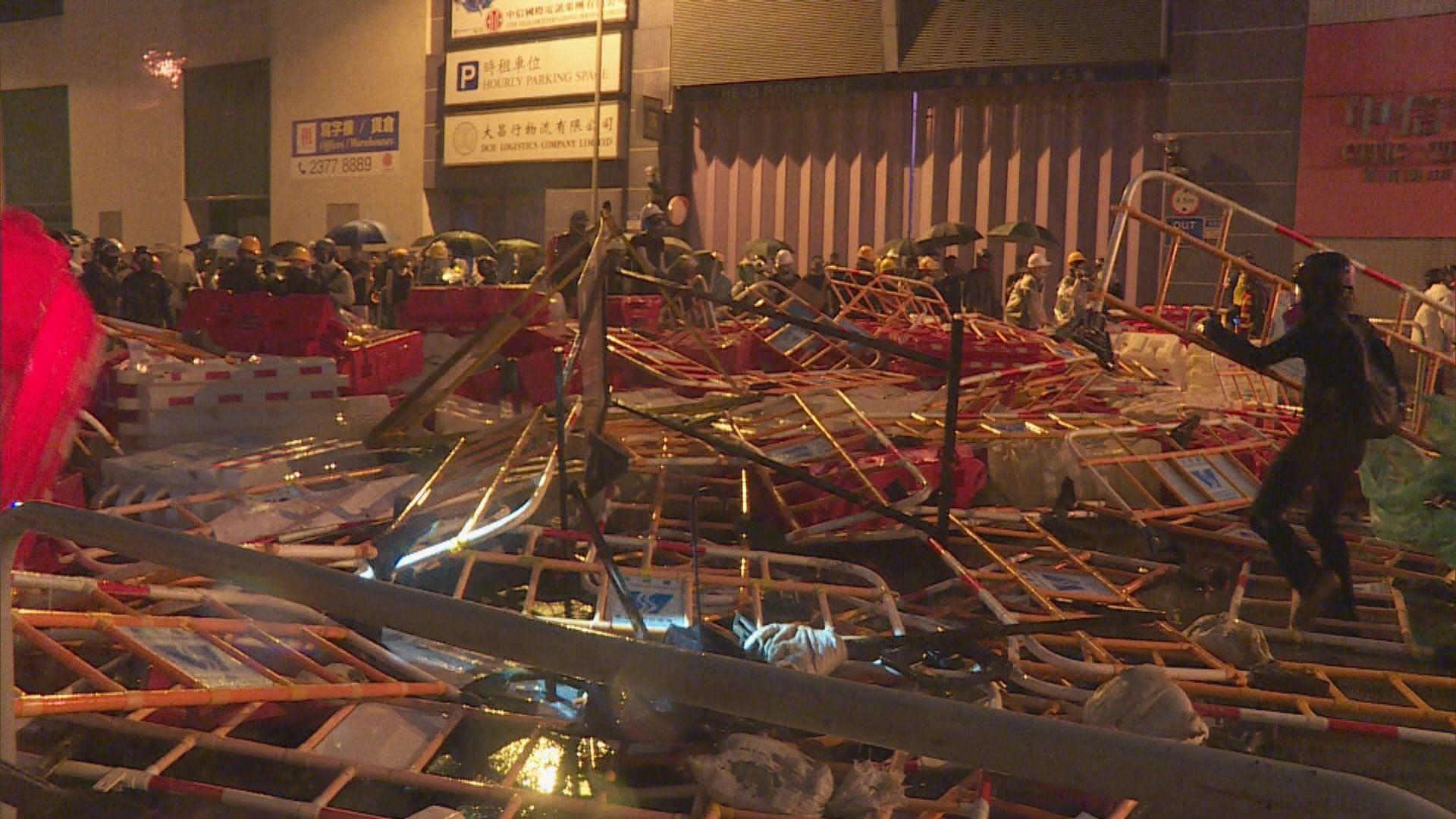 政府斥資逾千萬維修或重置示威中受損設施