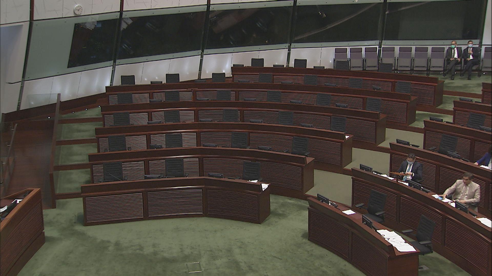 立法會大會人數不足一度流會 半小時後復會