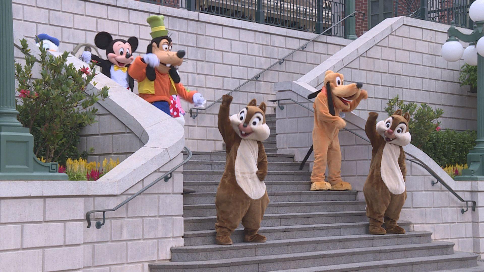 香港迪士尼淨虧損27億元 無計劃裁員
