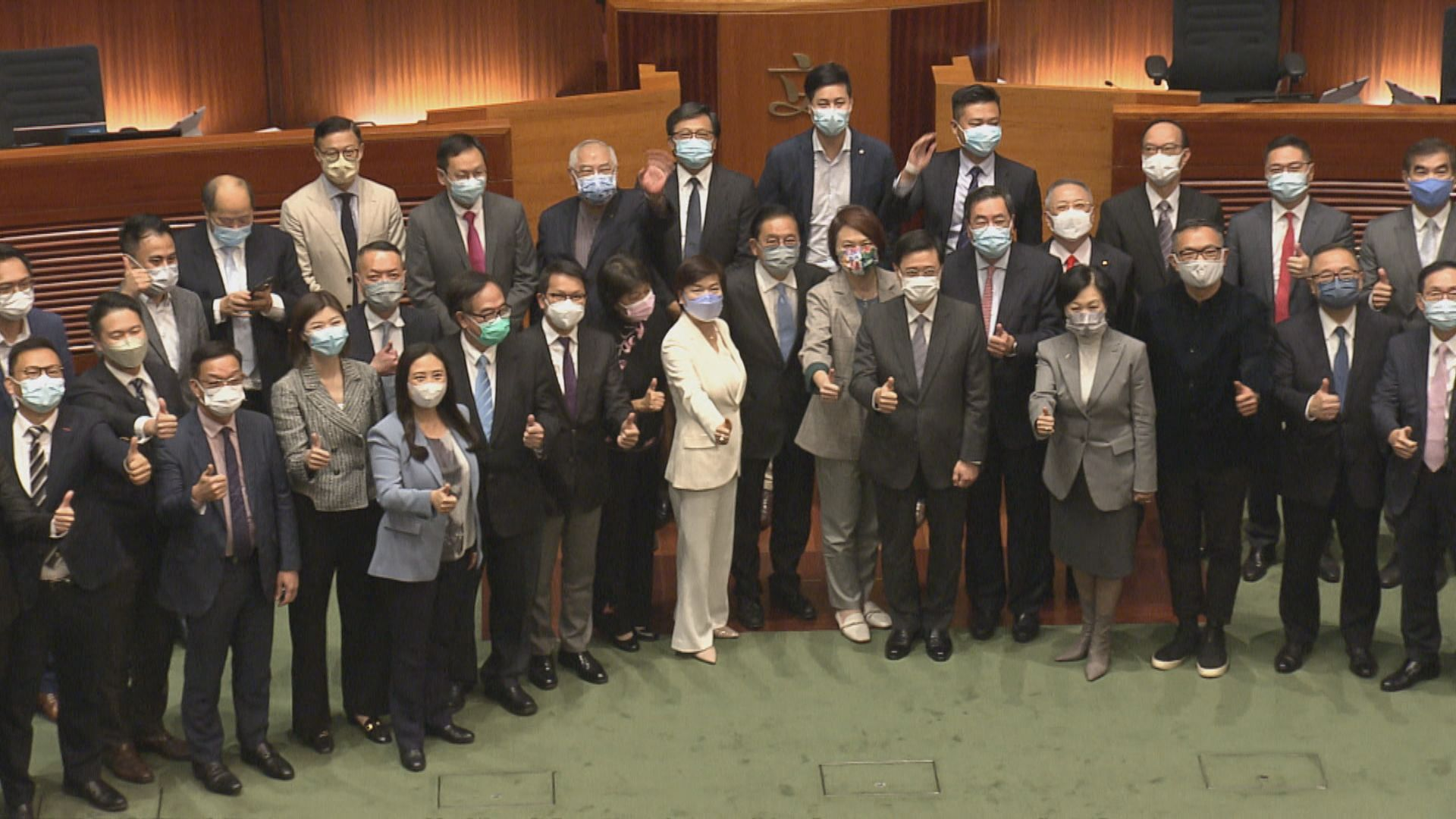 立法會辯告別議案 建制指議會無民主派令運作重回正軌