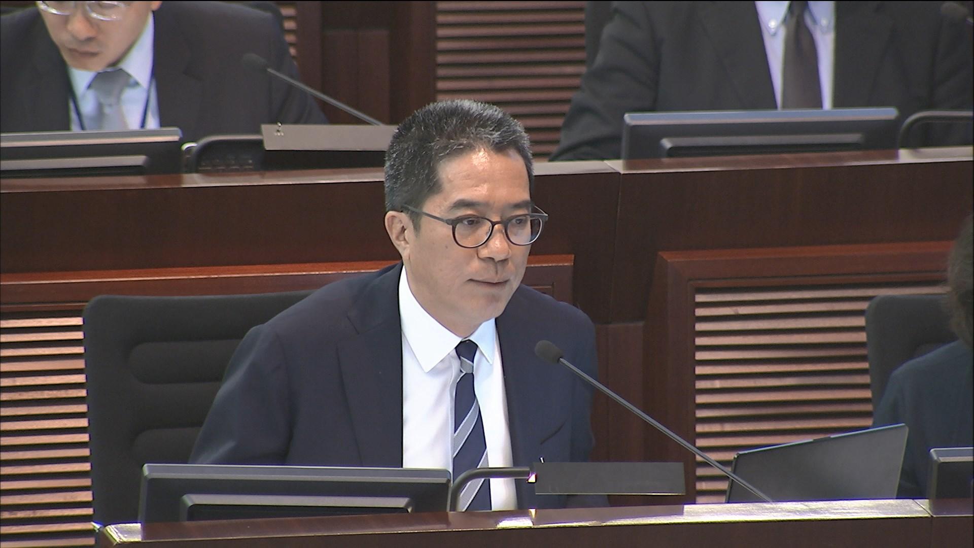 黃偉綸:暫不研究釋放鄉村式用地