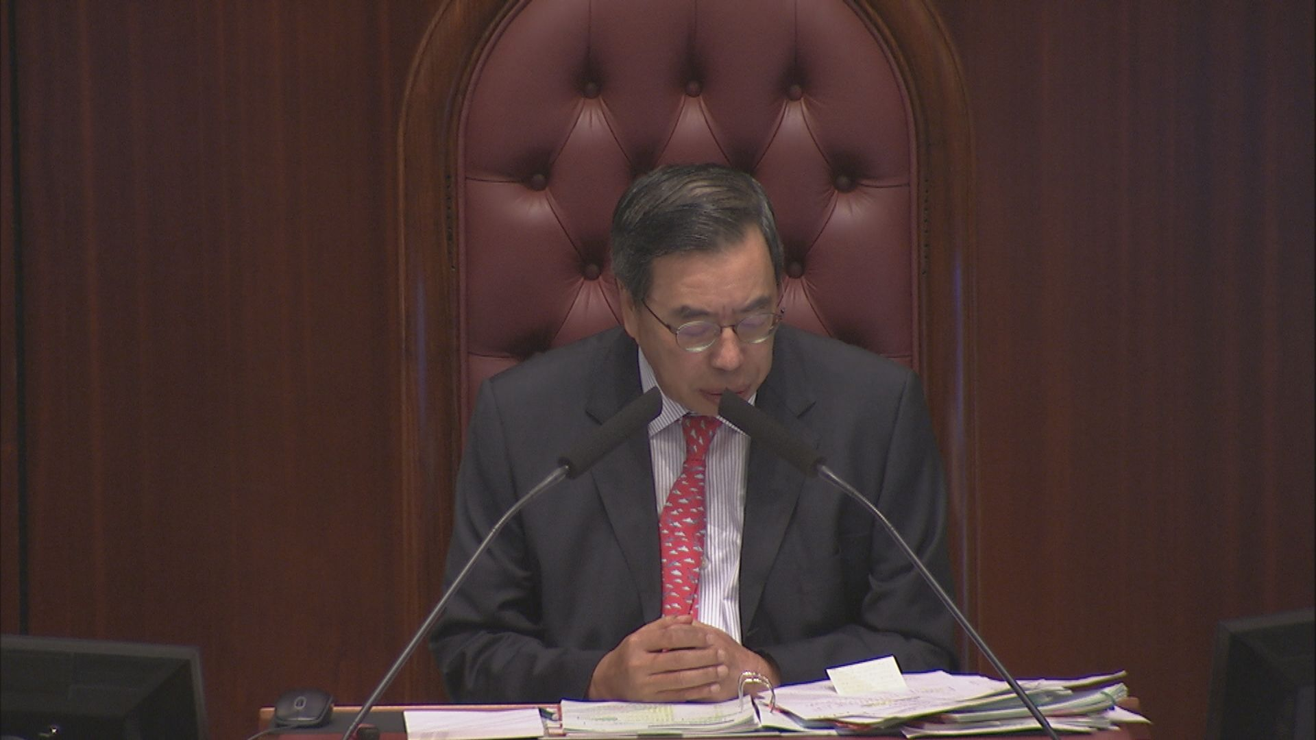 梁君彥:會議已被不必要拖延 籲議員放下政治分歧