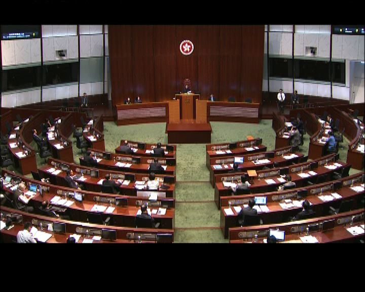 曾鈺成期望6月4日完成審議預算案