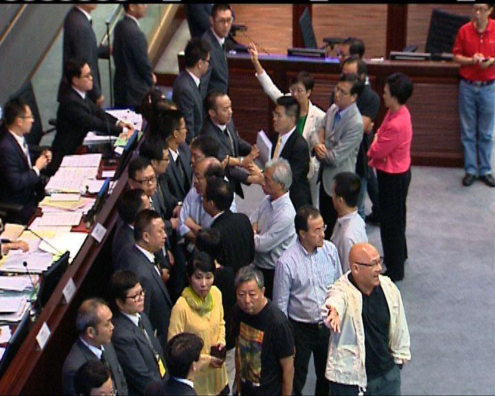 財委會通過東北撥款 泛民質疑無效