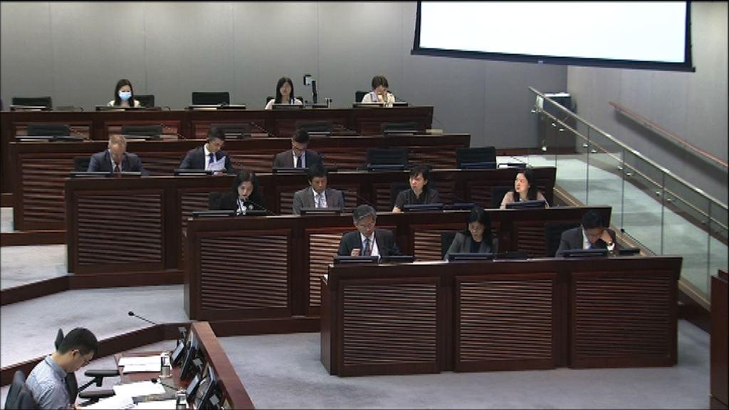 議員質疑東涌東填海建屋比例
