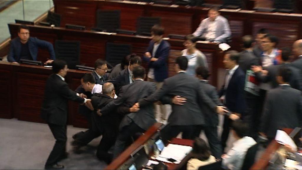 立法會討論修訂議事規則 民主派提規程問題