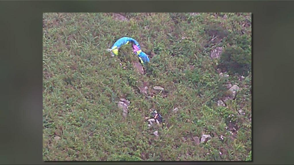消息:玩滑翔傘失蹤的鍾旭華已死亡
