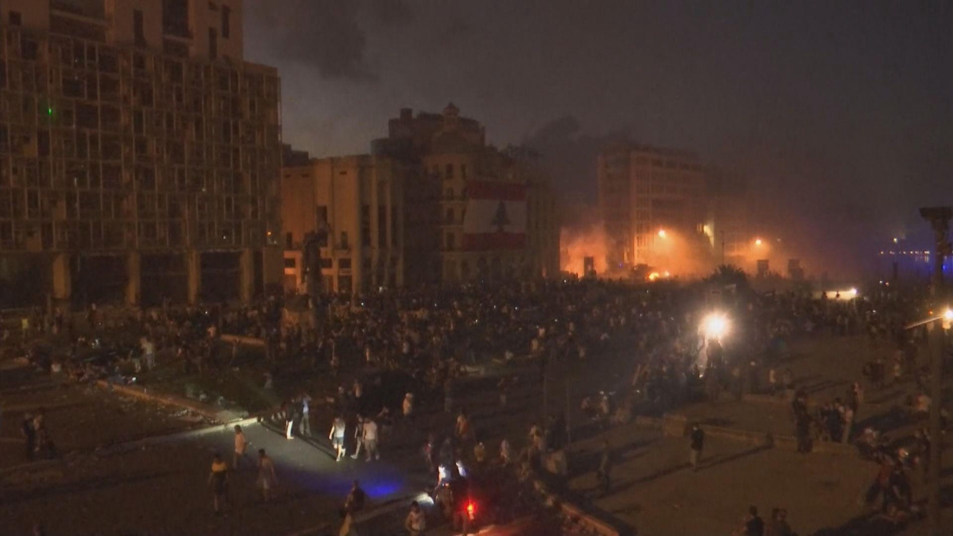 貝魯特有示威抗議政府貪腐致大爆炸 一名警員死亡