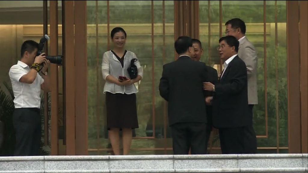 李家超展開廣州深圳訪問行程