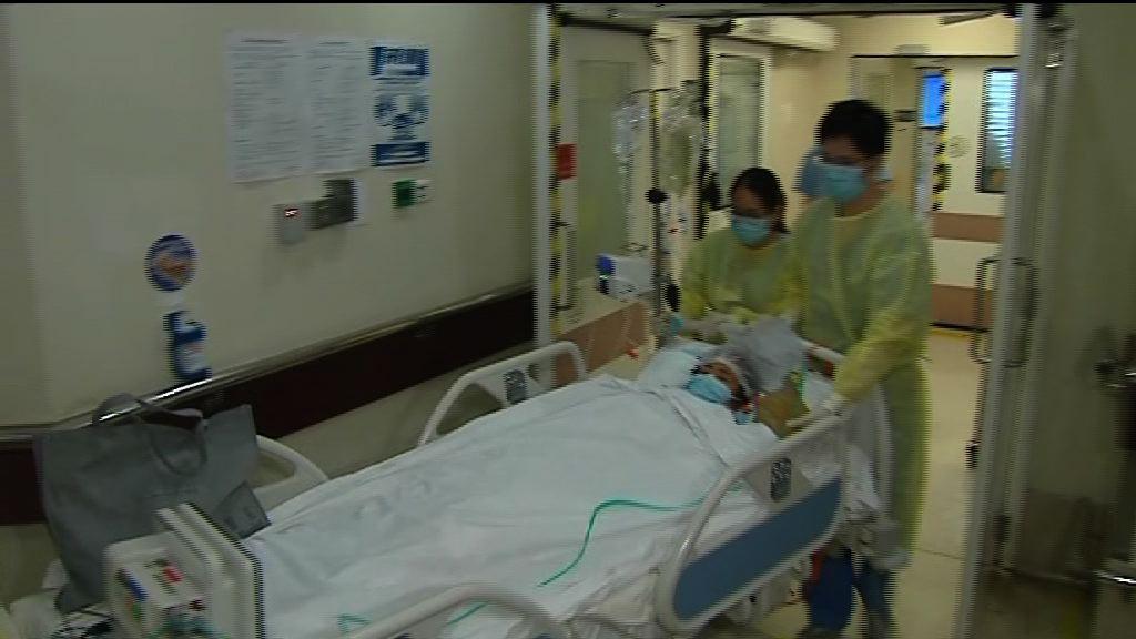 鄧桂思接受第二次手術後仍未甦醒