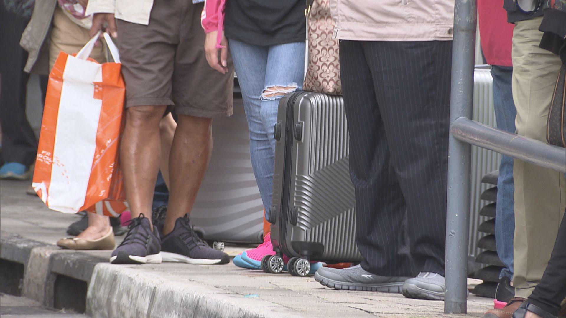 旅遊業:無牌旅行團令業界大失預算