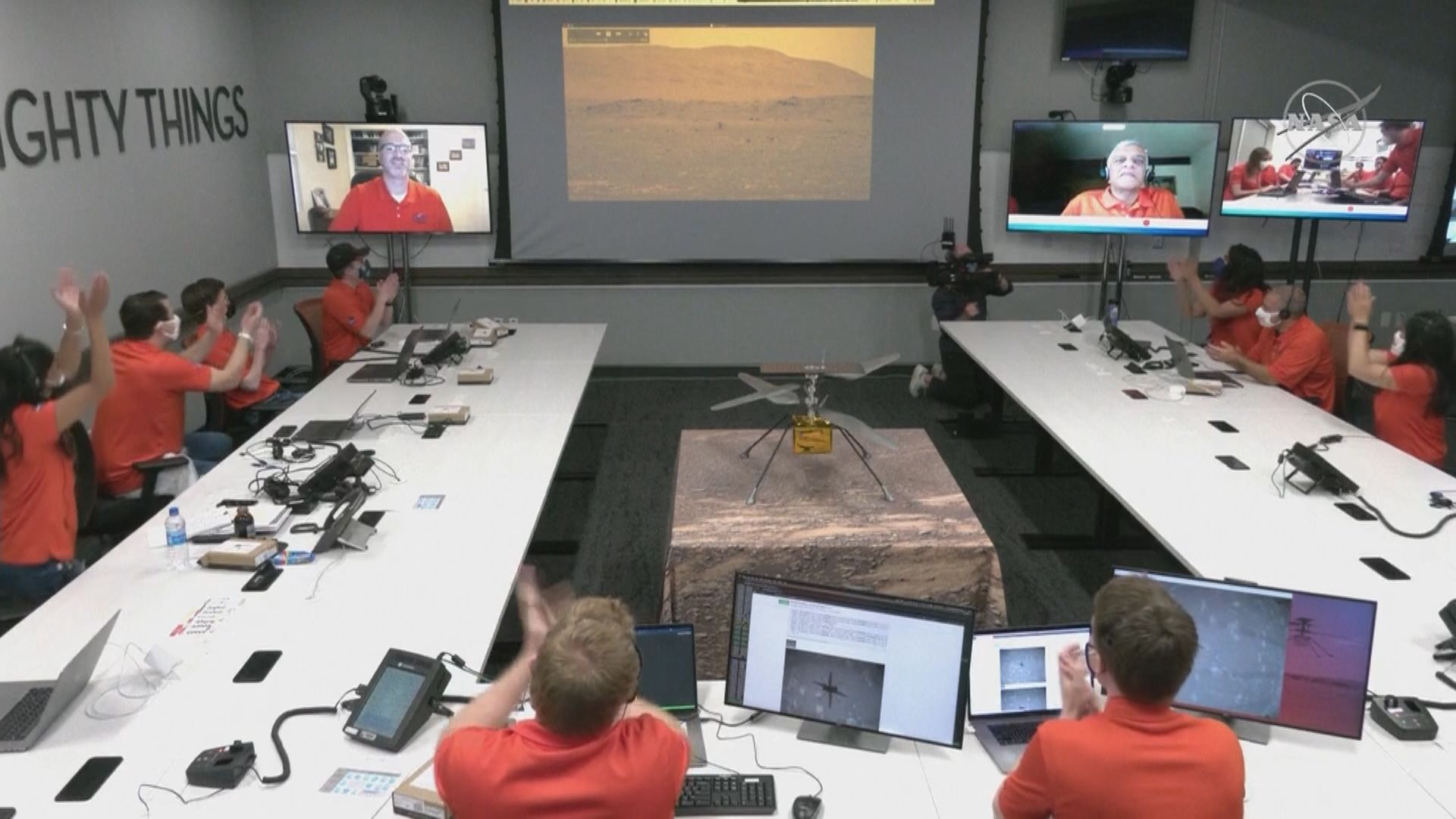 首架火星無人直升機機智號成功首飛