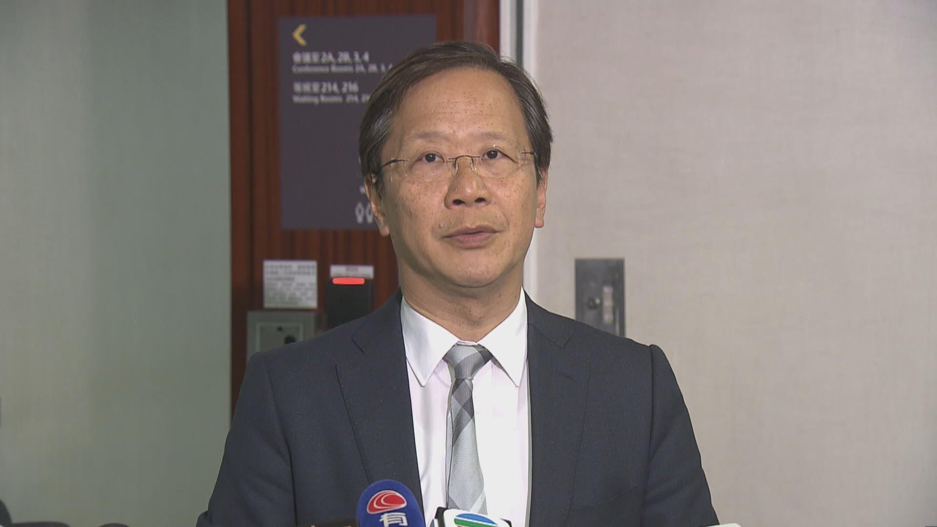 郭家麒冀擬就海外醫生提私人草案的議員三思