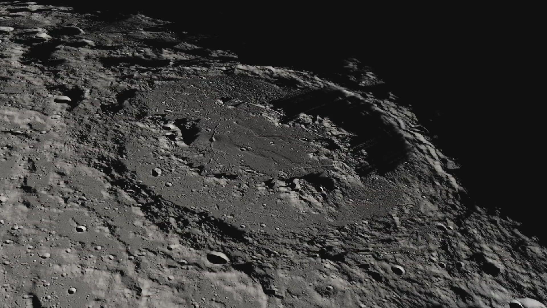 【首次發現】月球被陽光照射的表面證實有水存在