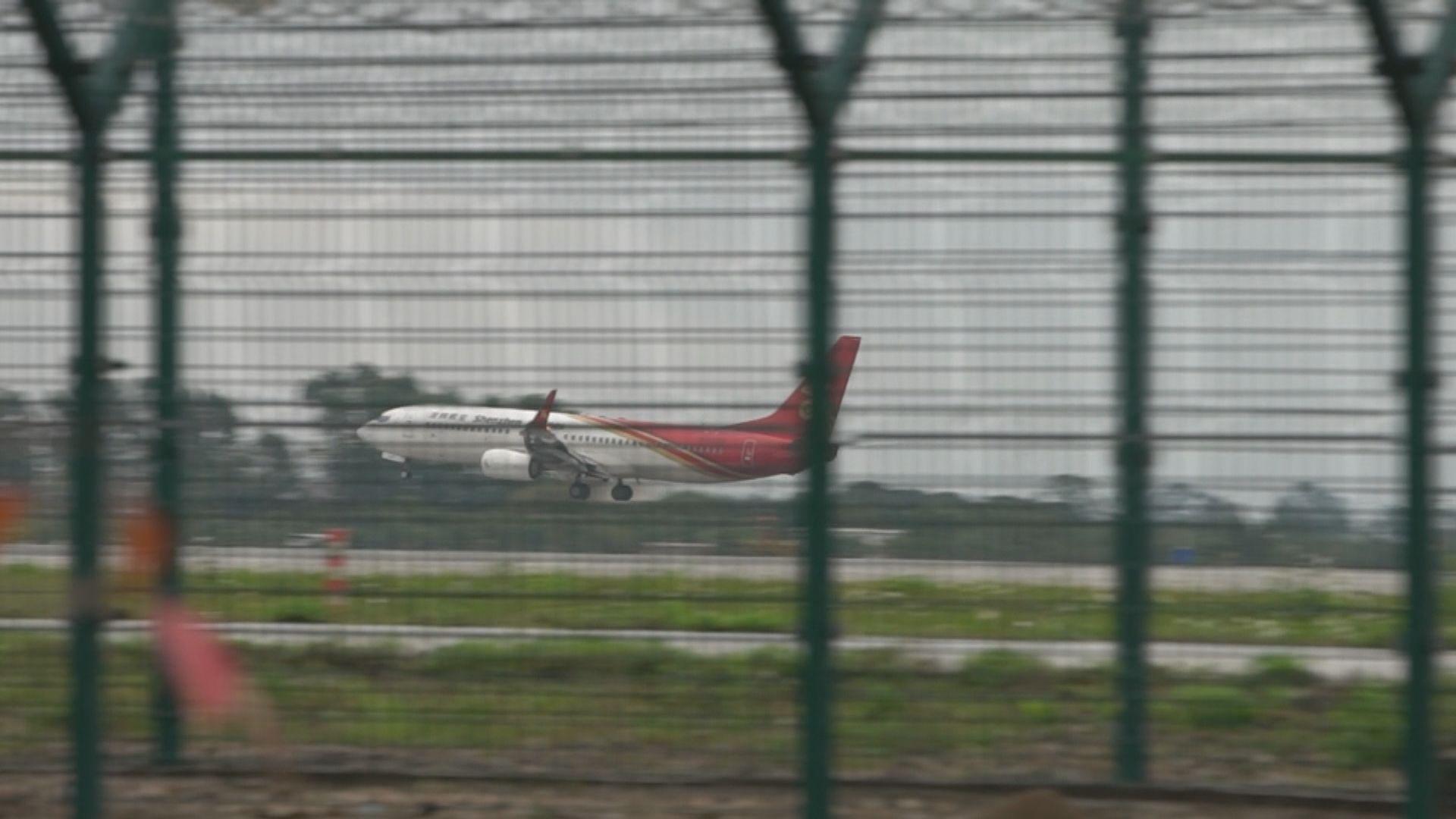 滯留摩洛哥27港人乘內地專機抵廣州 直送亞博檢測
